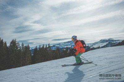 来看啦喂!教你如何选购滑雪服